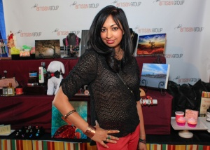 "Sharmilla wearing Rock Solid cuff from 2014 GBK Gift lounge Golden Globes ""Scandal"""